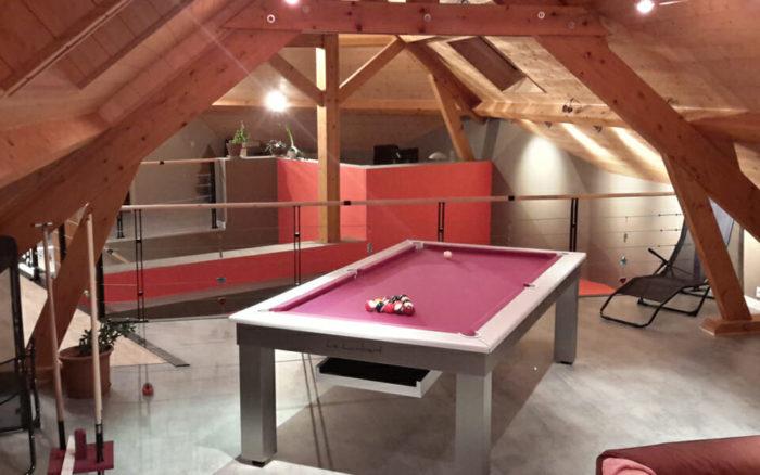 Billard-Lambert-table-Billards-OSL-Luxury-billards-tapis-rose2