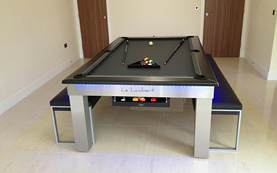 Billard-Lambert-table-Tapis-noir-Billards-OSL-Luxury-billards-led